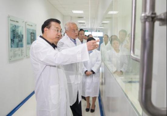 《我不是药神》热议 李克强批示:落实抗癌药降价保供